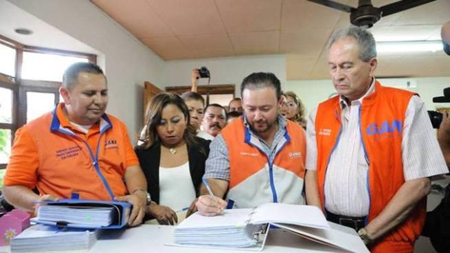 GANA abre y cierra sus puertas al alcalde Nayib Bukele