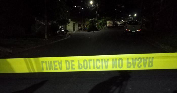Asesinan a balazos a una mujer en la colonia Costa Rica de San Salvador