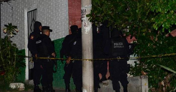 Agente de la PNC mata a su hijo porque trató de impedir que saliera a departir con amigos