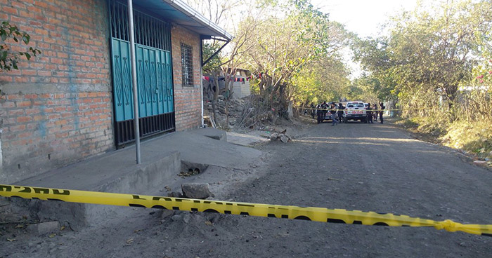 Asesinan a mujer en su vivienda en Ciudad Barrios, San Miguel