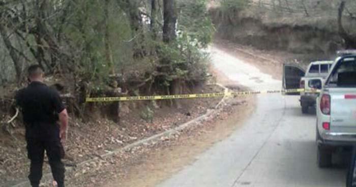 Criminales matan a pareja de esposos que se conducían en un pick up en Estanzuelas, Usulután