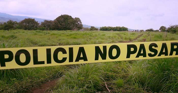 Hallan el cadáver putrefacto de una persona en una hacienda de Talnique, La Libertad.