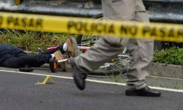 Niño de 10 años muere y joven resulta lesionado tras ser arrollados en San Vicente