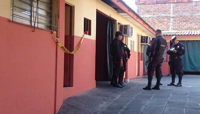 Hombre muere en motel de Guazapa y su acompañante huye del lugar
