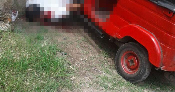 """Asesinan a mototaxista en la parada de buses """"El Pito"""" de Apopa"""