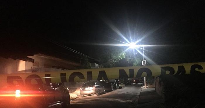 Asesinan a balazos a hombre en la colonia Conde Muñoz de San Miguel
