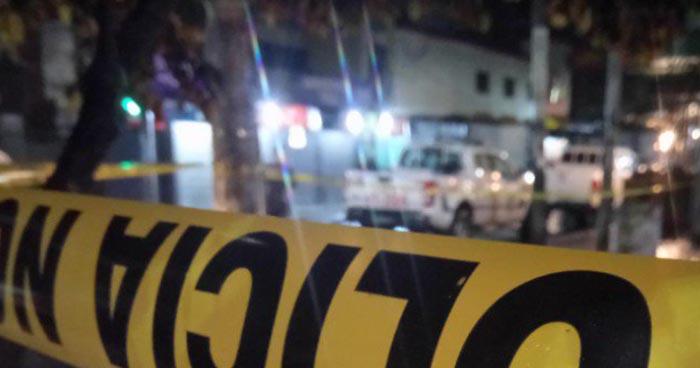Un muerto y un lesionado deja ataque armado en la 6° avenida norte de San Salvador