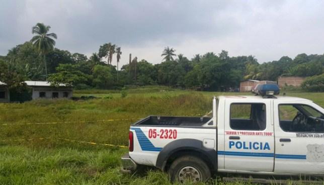 Matan a dos hombres en una cancha de fútbol en Santo Tomás, San Salvador