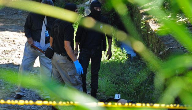 Pandilleros asesinan a dos estudiantes en Tacuba