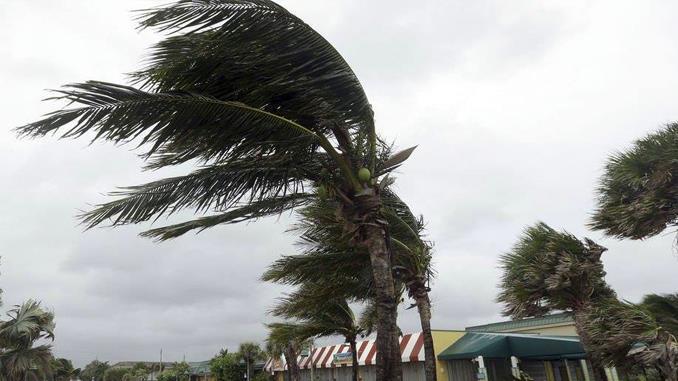 Huracán Irma toca tierra en Cuba