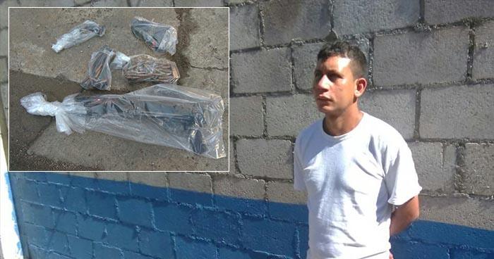 """PNC atrapa en Usulután a pandillero que estaba """"armado hasta los dientes"""""""