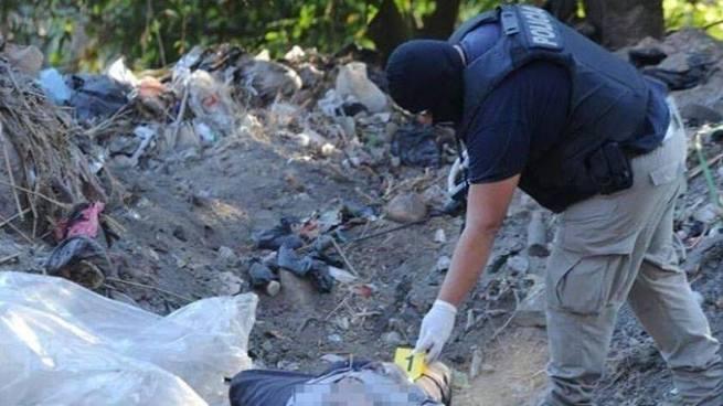 Encuentran cadáver en estado de descomposición en Chalatenango