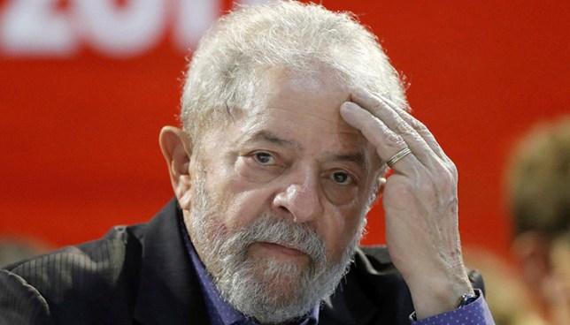 Expresidente Lula más cerca de la cárcel luego que tribunal rechazara apelación