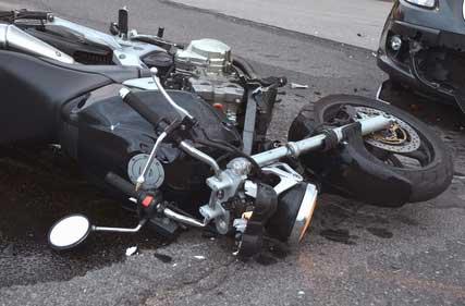 Muere síndico de Santa Ana tras accidentarse en su motocicleta