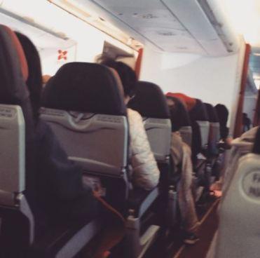 Avión con destino a Malasia presento desperfectos mecánicos el piloto pidió a los pasajeros que rezaran