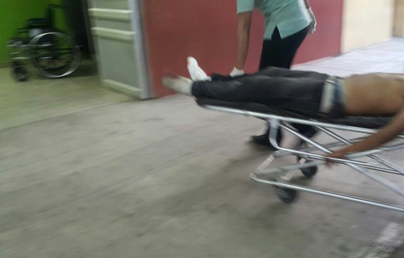 Hombre es atacado con un machete por su yerno en Usulután
