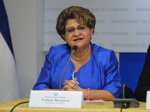 Ministra de Salud culpa a ARENA y a la Sala por el desabastecimiento de medicamentos en hospitales