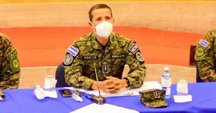 """Diputados piden la destitución del Ministro de Defensa por """"militarizar"""" la Asamblea Legislativa"""