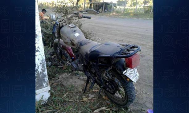 Motociclista pierde la vida tras ser embestido por un auto en Usulután