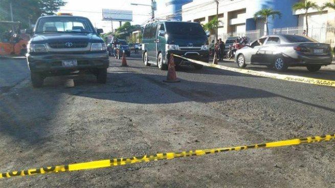 Al menos cuatro motociclistas lesionados y un fallecido tras accidentes de tránsito