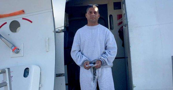 Deportan a exmilitar salvadoreño quien es acusado de torturar a exguerrilleros