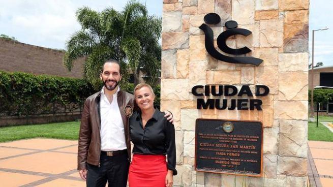 Vanda Pignato podría sustituir a Nayib Bukele como candidata a la alcaldía de San Salvador