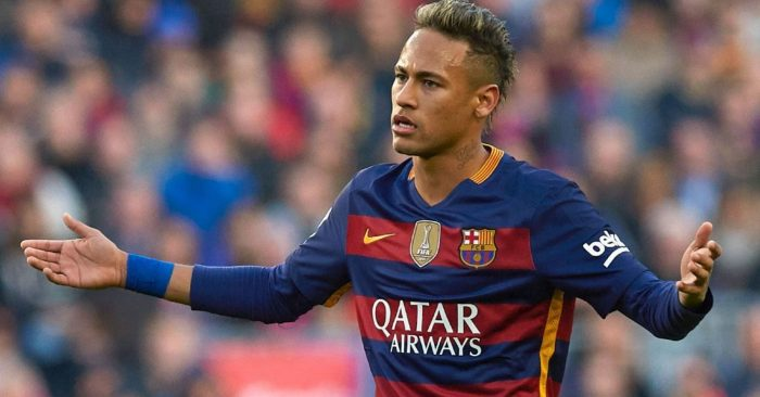 Insultos y Memes ha recibido Neymar después de confirmarse su salida del Barça