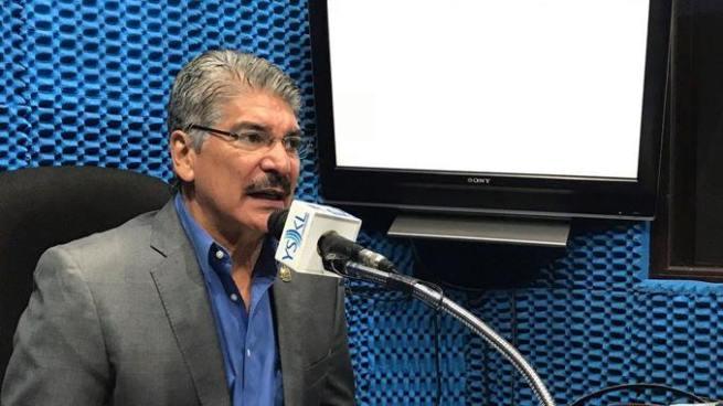 """Norman Quijano: """"Tanquetas y carros militares es solo un engaño para la población"""""""