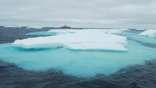 Formación de nubes por nitrógeno orgánico tras el deshielo del Océano Ártico