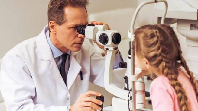 Condenan a oftalmólogo de la colonia Escalón por tocar a paciente de 14 años