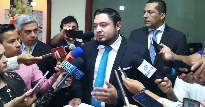 Diputado de GANA presenta anteproyecto de Ley de Videovigilancia