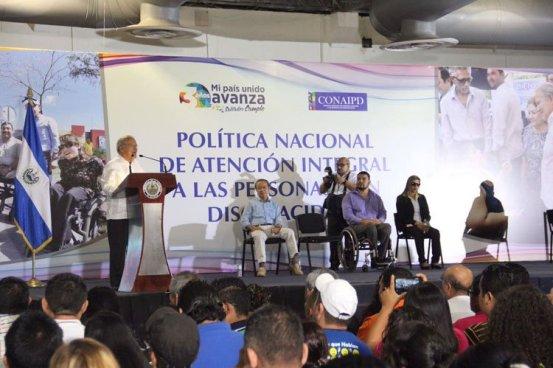 Sánchez Cerén presentó la Política Integral a la Persona con discapacidad