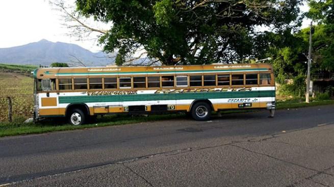 Ruta 202 en paro de labores por asesinato de motorista esta mañana