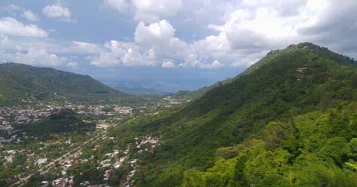 El Salvador en alerta amarilla por lluvias