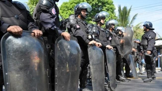 Policía decomisa 7 celulares, 24 chips y varios ilícitos a internos de Tonacatepeque