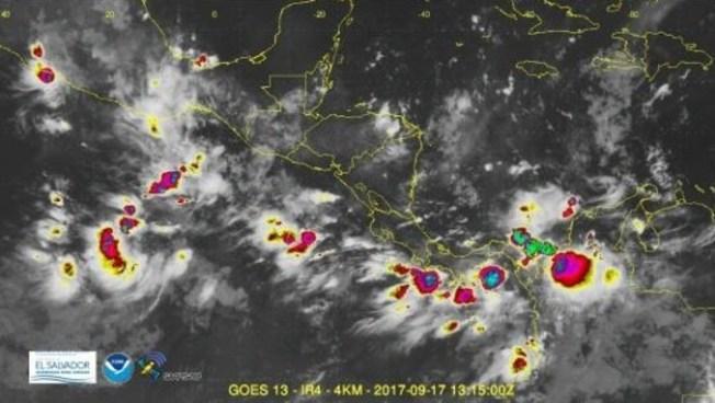 Acercamiento de Onda Tropical ocasionara lluvias moderadas a fuertes con actividad eléctrica