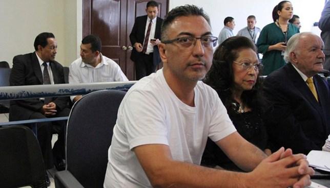 Condenan a 12 años de prisión a falso agente de la DEA por extorsión