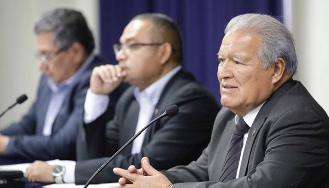 Presidente Sánchez Cerén propone seguridad para periodistas tras el asesinato de Karla Turcios