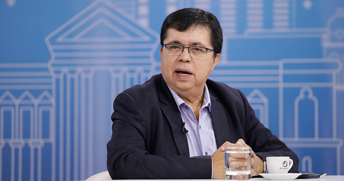 """Roberto Lorenzana """"ARENA no quiere que apoyemos la salud en las zonas rurales"""""""
