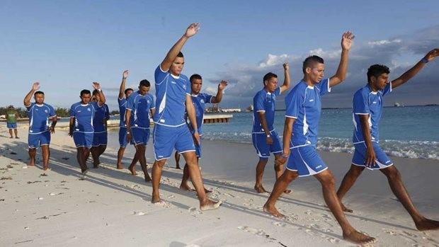 Diputados quieren ayudar a jugadores de fútbol playa a solucionar el impago de estímulos
