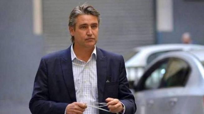 Senador chileno es atacado con cuchillo durante una campaña electoral