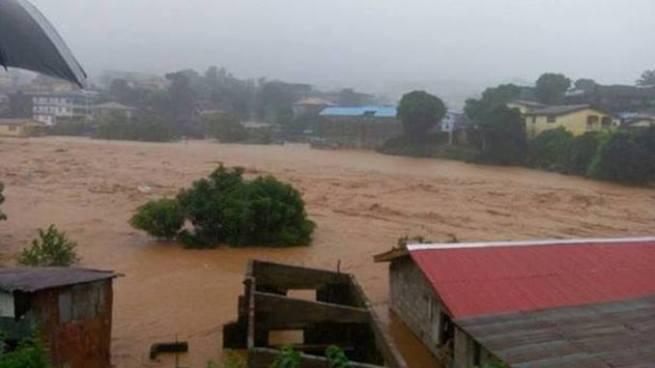 Al menos 105 niños han muerto tras inundaciones den Sierra Leona