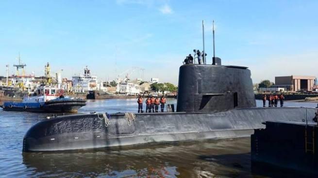 Argentina busca desesperadamente a 44 desparecidos en un submarino en el Atlántico