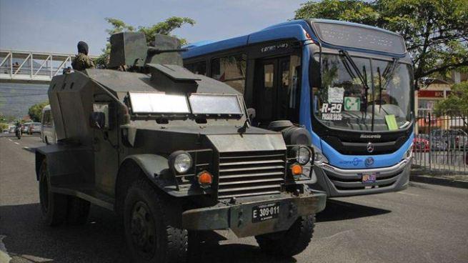 Ministro de Seguridad explica por qué hay tanquetas en San Salvador