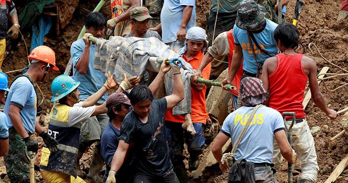 """Al menos 59 muertos deja el tifón """"Mangkhut"""" en su paso por Filipinas"""