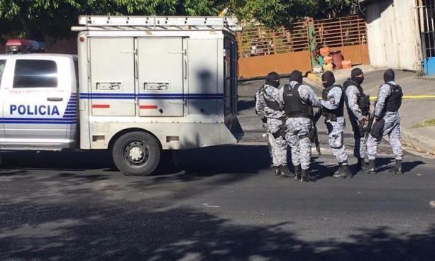 Agente del GRP hiere de bala a mujer policía durante celebración de fin de año