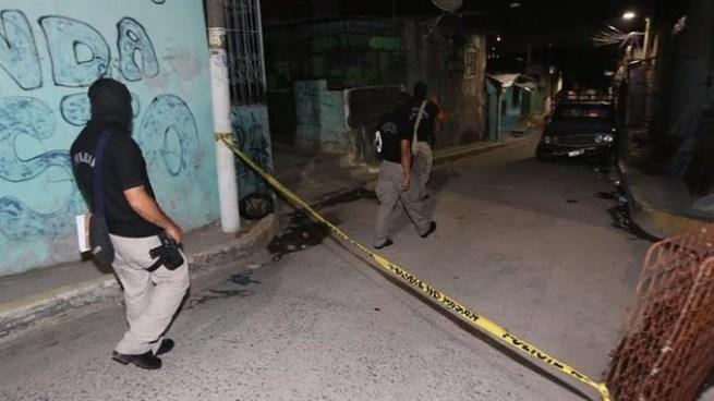 Asesinan a dos mujeres y un hombre miembros de pandillas en Soyapango