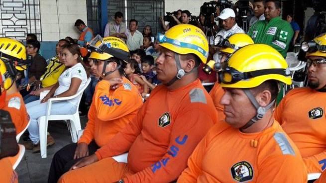 Rescatistas USAR de El Salvador ya se encuentran en el país