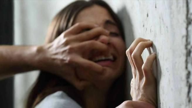 Condenan a adolescente que violó y desangró a su compañera de estudios en el Paisnal