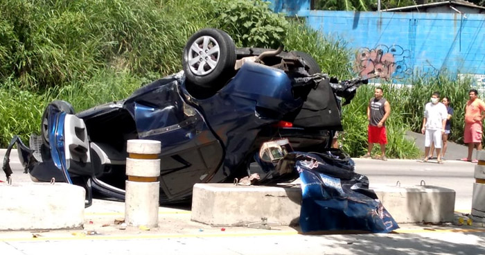 Fuerte accidente de tránsito se reporta en carretera Los Chorros